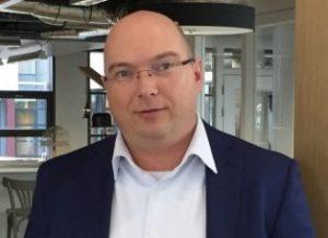 Christian van Os - Elobau